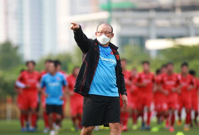 HLV Park Hang Seo có dễ bỏ các giải đấu ở Đông Nam Á? - 1