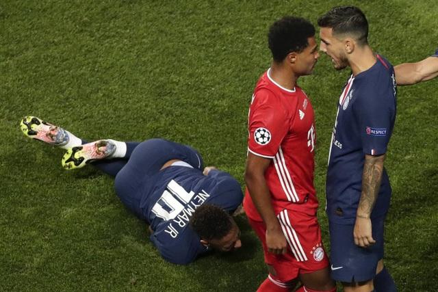 Neuer xuất sắc nhất trong chiến thắng của Bayern Munich trước PSG - 3