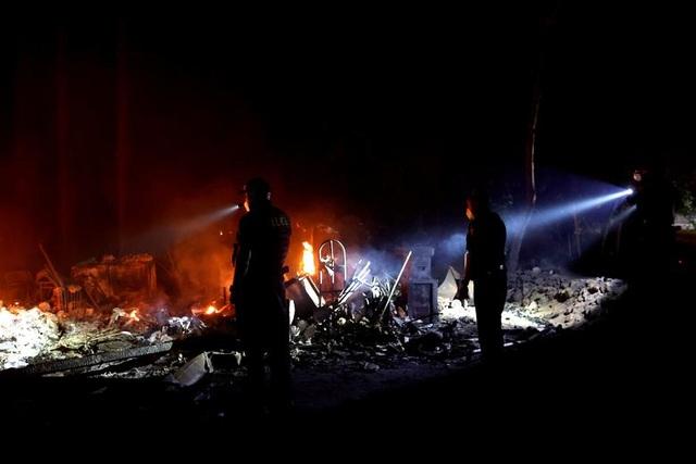 650 đám cháy rừng càn quét bang California, 7 người chết - 17