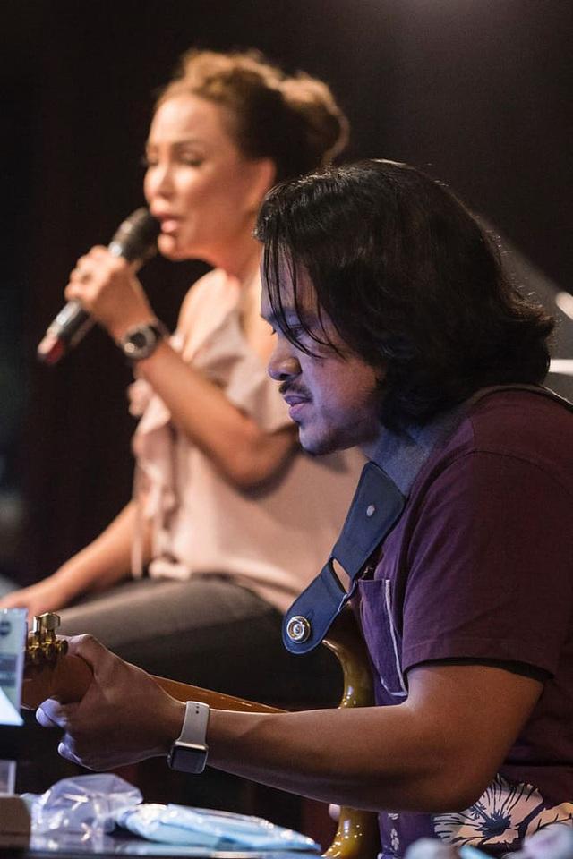 Người tình kém 12 tuổi cực chiều ca sĩ Thanh Hà - 2