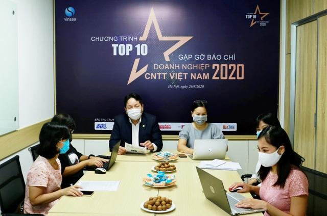 Lựa chọn Top 10 doanh nghiệp trong 15 lĩnh vực của ngành CNTT - 1