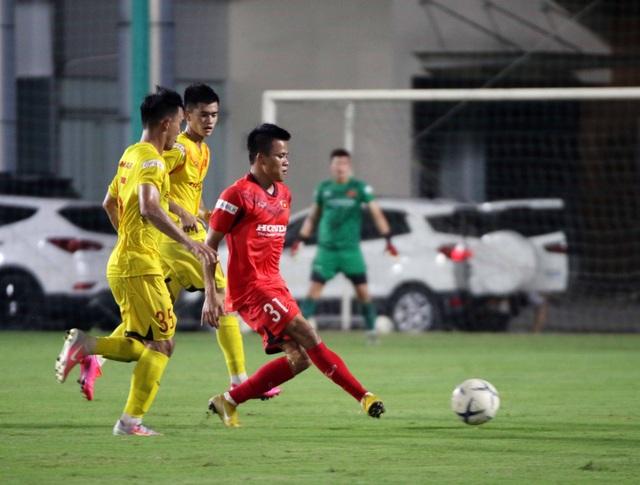 U22 Việt Nam hoà CLB Viettel trong trận cầu hấp dẫn - 6