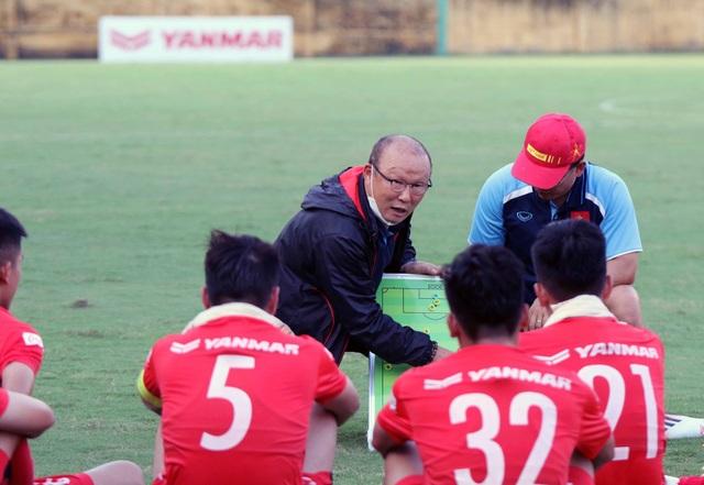 U22 Việt Nam hoà CLB Viettel trong trận cầu hấp dẫn - 1