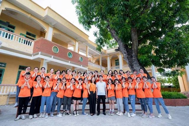 Nữ sinh Nam Định đạt điểm 10 môn Văn tốt nghiệp: Bài thi dài 12 trang giấy - 3
