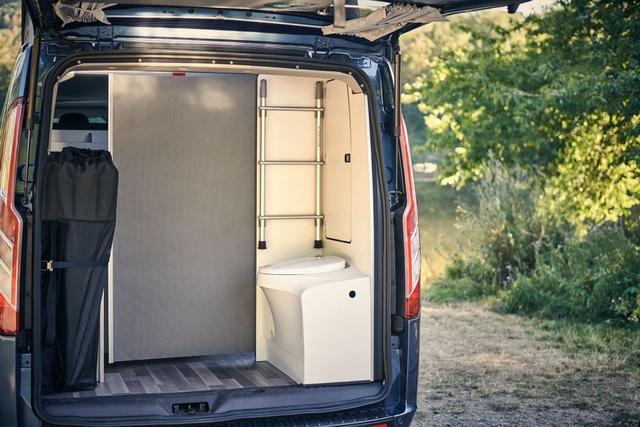 Khám phá thiết kế nâng nóc của Ford Transit Custom Nugget Plus - 11