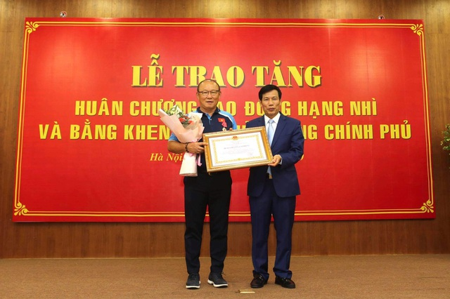 HLV Park Hang Seo vinh dự nhận Huân chương Lao động hạng Nhì - 1