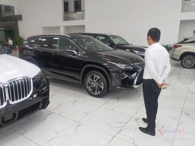 Giá ô tô giảm hấp dẫn, có nên mua ngay trong tháng cô hồn? - 1