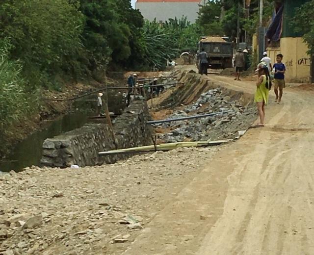 """Công trình xây kè """"nuốt"""" dòng chảy tại Quảng Bình: Bổ sung một số hạng mục - 1"""