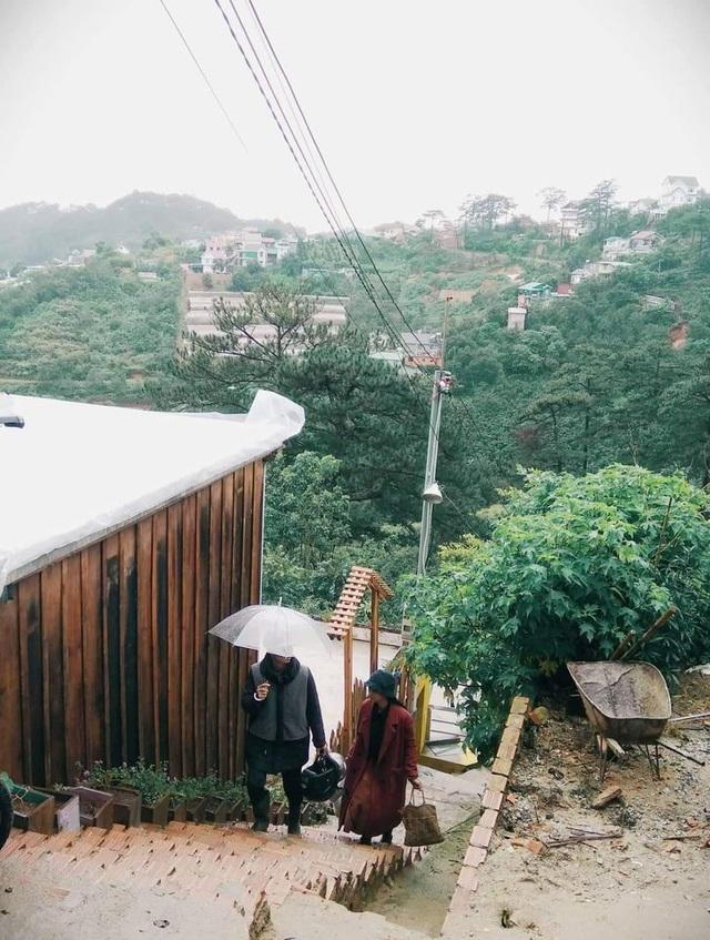 Rời Sài Gòn hoa lệ, chàng trai trẻ tới Đà Lạt dựng nhà, chăm cún, trồng hoa - 4