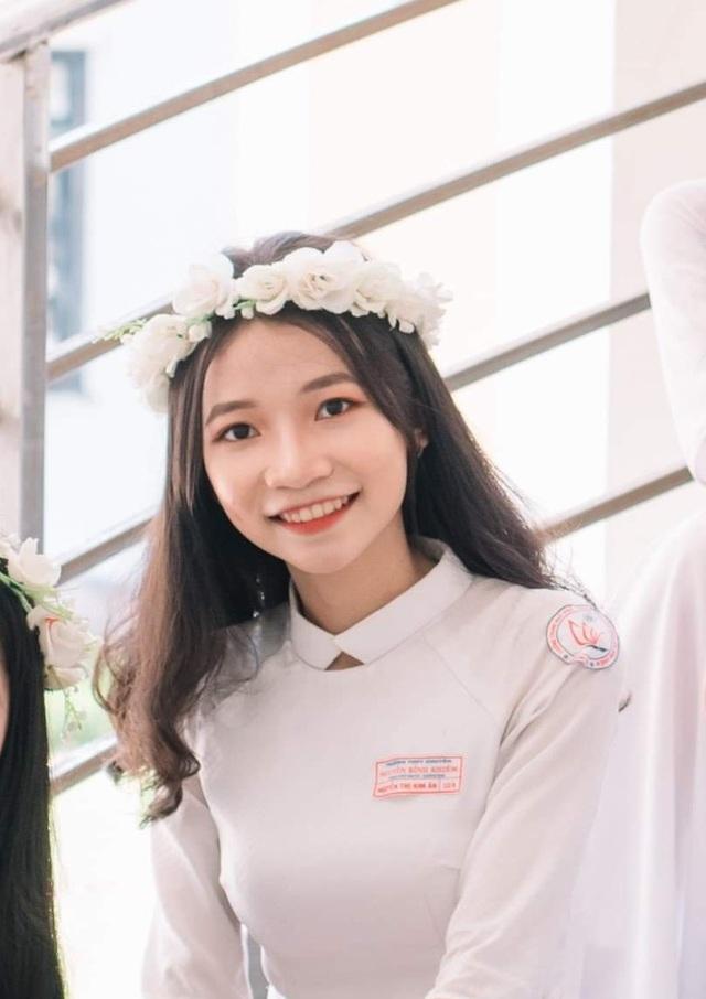 """Nữ sinh Quảng Nam đạt điểm 10 môn Sử: """"Em hoàn thành bài thi trong 20 phút"""" - 3"""