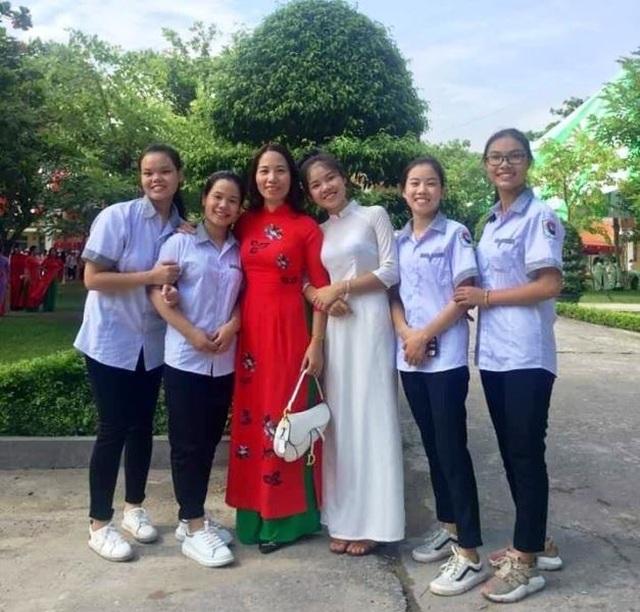 Nữ sinh Nam Định đạt điểm 10 môn Văn tốt nghiệp: Bài thi dài 12 trang giấy - 2