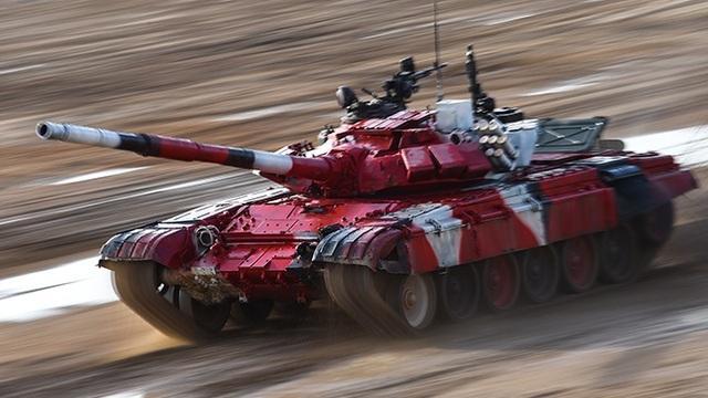 Màn trình diễn ấn tượng của đội xe tăng Nga tại Army Games - 1