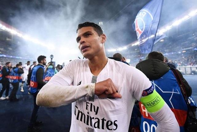 Chelsea chính thức sở hữu siêu trung vệ Thiago Silva - 2