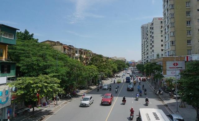 Hà Nội: Bất lực trước những khu chung cư cũ chờ sập - 7