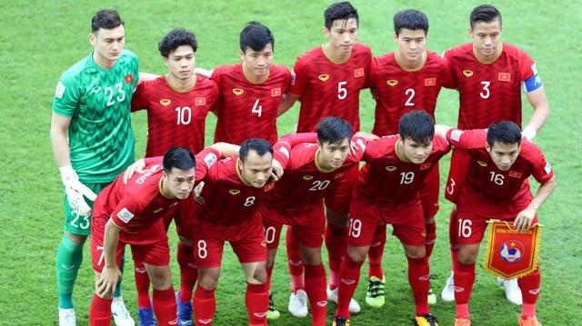 AFC ngưỡng mộ con đường thành công của thủ môn Đặng Văn Lâm - 2