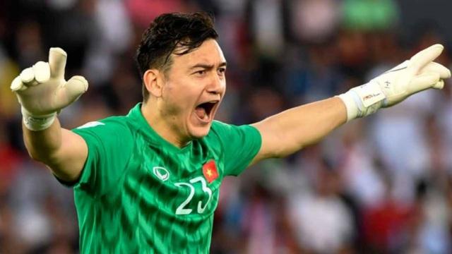 AFC ngưỡng mộ con đường thành công của thủ môn Đặng Văn Lâm - 1