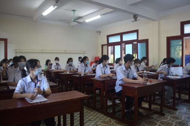 Quảng Bình: Có 77 điểm 10 trong kỳ thi tốt nghiệp THPT 2020 - 1