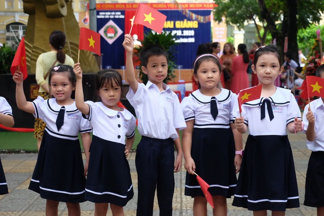 Đà Nẵng: Học sinh chào năm học mới qua truyền hình thành phố - 1