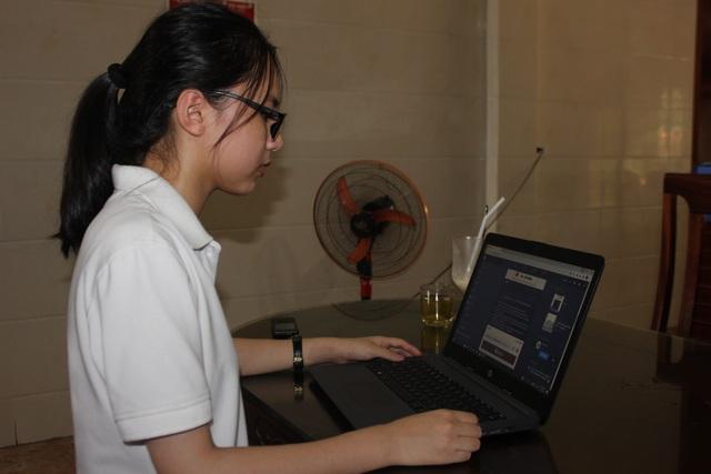 Nữ sinh chia sẻ bí quyết tự học giành điểm 10 môn tiếng Anh - 3