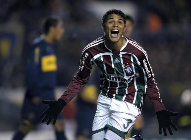 """Thiago Silva và hành trình từ """"cõi chết sống lại"""" nhờ tình yêu - 2"""