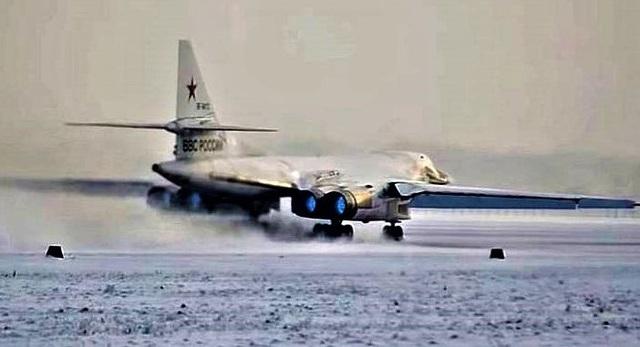 Công nghệ làm sân bay trên băng - chìa khóa giúp Nga chinh phục Bắc Cực - 2