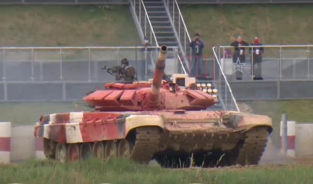 Xe tăng Việt Nam về nhì trong trận thi đấu thứ 3 tại Army Games - 25