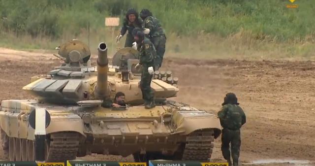 Xe tăng Việt Nam về nhì trong trận thi đấu thứ 3 tại Army Games - 10