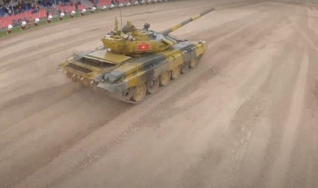 Xe tăng Việt Nam về nhì trong trận thi đấu thứ 3 tại Army Games - 7