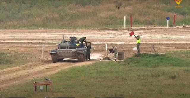 Xe tăng Việt Nam về nhì trong trận thi đấu thứ 3 tại Army Games - 18