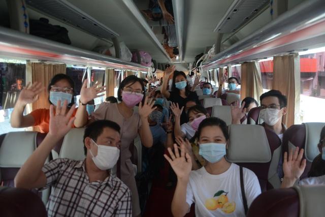 Đoàn y, bác sĩ Bình Định và Thừa Thiên-Huế chia tay Đà Nẵng - 3