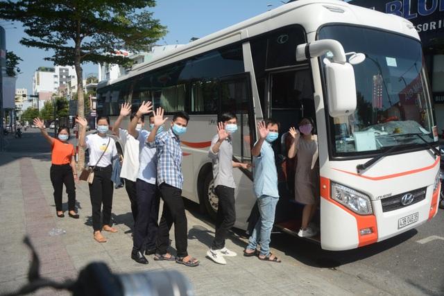Đoàn y, bác sĩ Bình Định và Thừa Thiên-Huế chia tay Đà Nẵng - 4