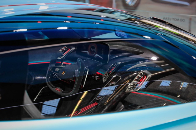 Soi chi tiết siêu xe hybrid giá 1,45 triệu USD của Trung Quốc - 16