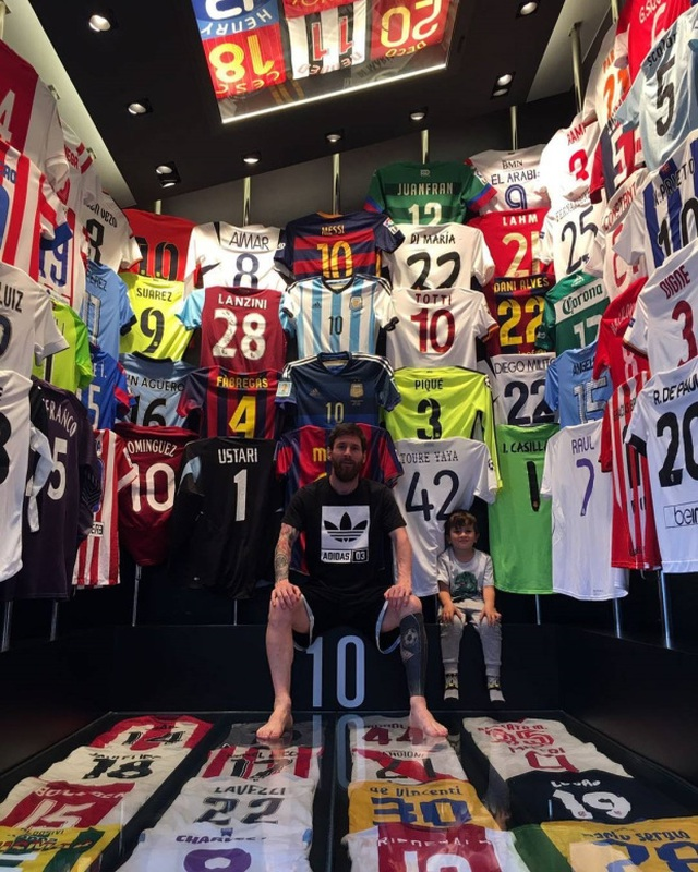 Cuộc sống siêu sang của Messi ở Barcelona - 3