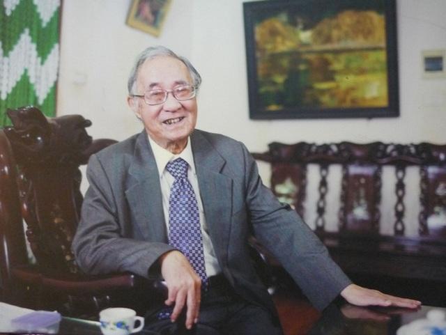 Thầy giáo, dịch giả xuất chúng và tài hoa Phan Ngọc đã qua đời - 1
