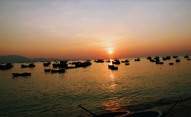 Về Ninh Thuận ra làng bè Đông Hải xem tắm cá - 1