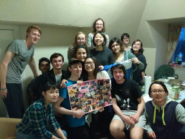 Mỹ Ngọc tổ chức sinh nhật tuổi 20 với bạn bè tại Edinburgh, Scotland.