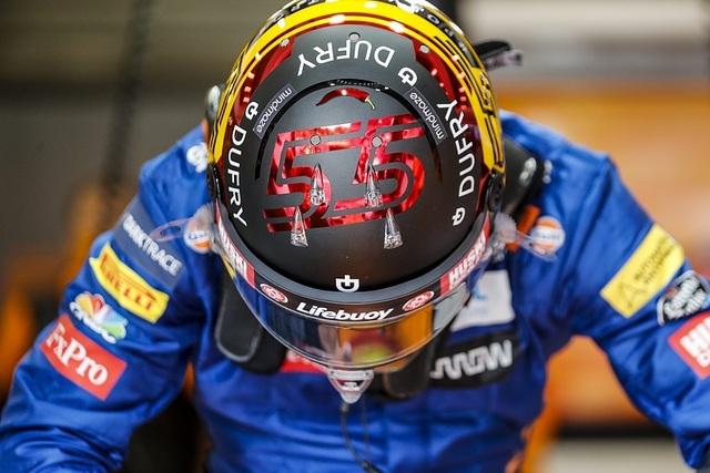 Hamilton thắng nhạt nhẽo trong chặng đua của sự cố và tai nạn - 3