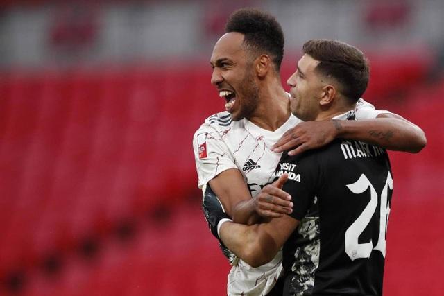 Arsenal giành chiếc cúp đầu tiên của mùa giải 2020/21 - 11