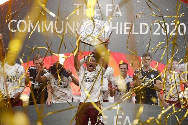 Arsenal giành chiếc cúp đầu tiên của mùa giải 2020/21 - 14