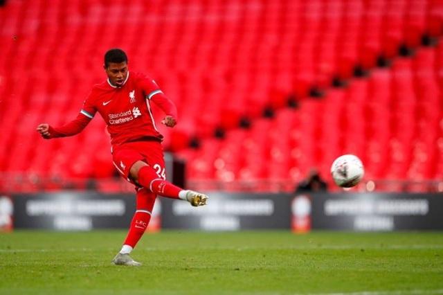 Liverpool mất siêu cúp Anh, HLV Klopp nhận lỗi thay học trò - 1