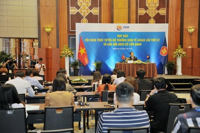 ASEAN gắn kết nội – ngoại khối tạo không gian kinh tế rộng lớn, quy mô hơn - 2