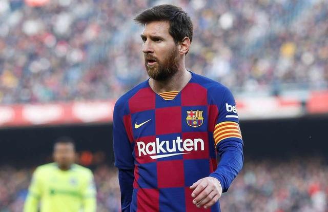 Tổng thống Argentina kêu gọi Messi về quê nhà thi đấu - 1
