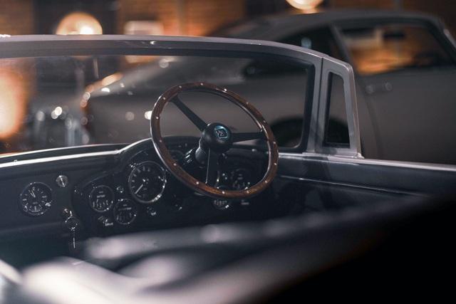 Aston Martin DB5 Junior - Chiếc xe trẻ con đắt hơn Mercedes C-Class - 3