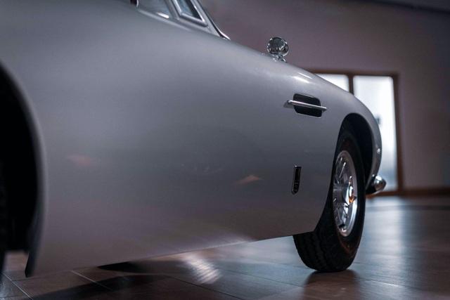 Aston Martin DB5 Junior - Chiếc xe trẻ con đắt hơn Mercedes C-Class - 9