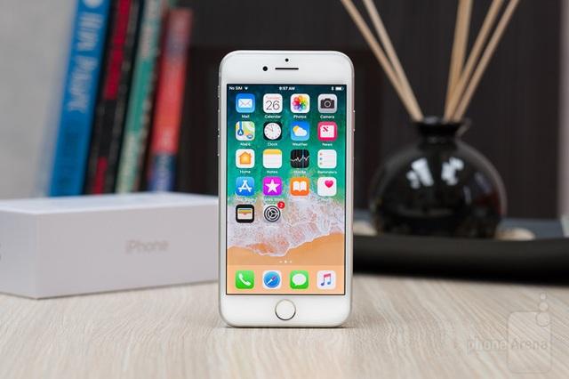 """Đây là chiếc iPhone bị """"hắt hủi"""" nhất tại Việt Nam - 1"""