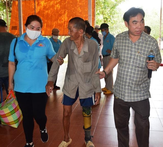Bạc Liêu: Hỗ trợ gạo tới người có hoàn cảnh khó khăn dịp Rằm tháng 7 - 7
