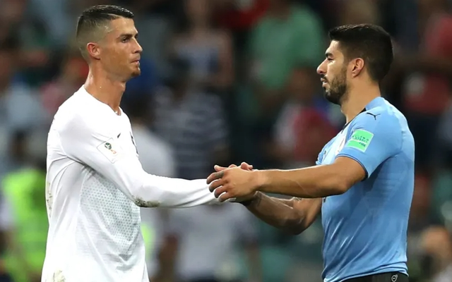 Bị Barcelona hắt hủi, Luis Suarez muốn sát cánh cùng C.Ronaldo - 2