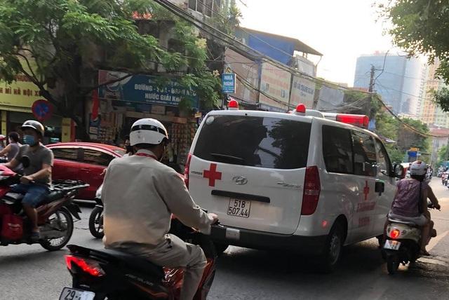 Ông Đoàn Ngọc Hải cùng xe chở miễn phí bệnh nhân nghèo ra tới Hà Nội - 5