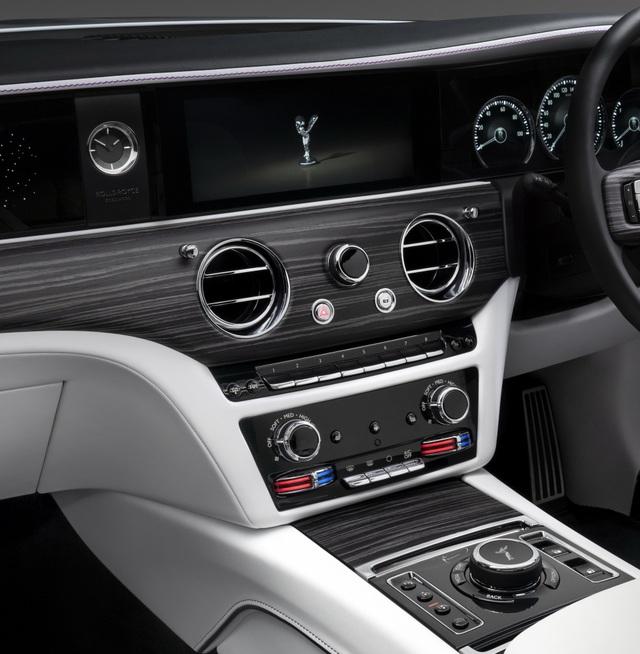 Rolls-Royce Ghost thế hệ mới chính thức ra mắt - 15