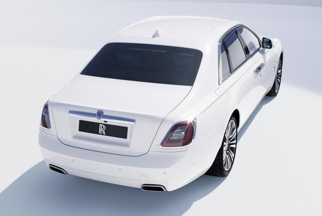 Rolls-Royce Ghost thế hệ mới chính thức ra mắt - 2